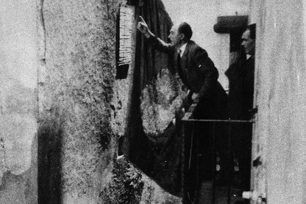Josep Puig Pons proclama la Segona República (1931). Fons Murgadas.