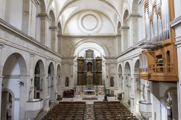 Nau de l'església. (ss. XVI-XVII). Fons municipal.